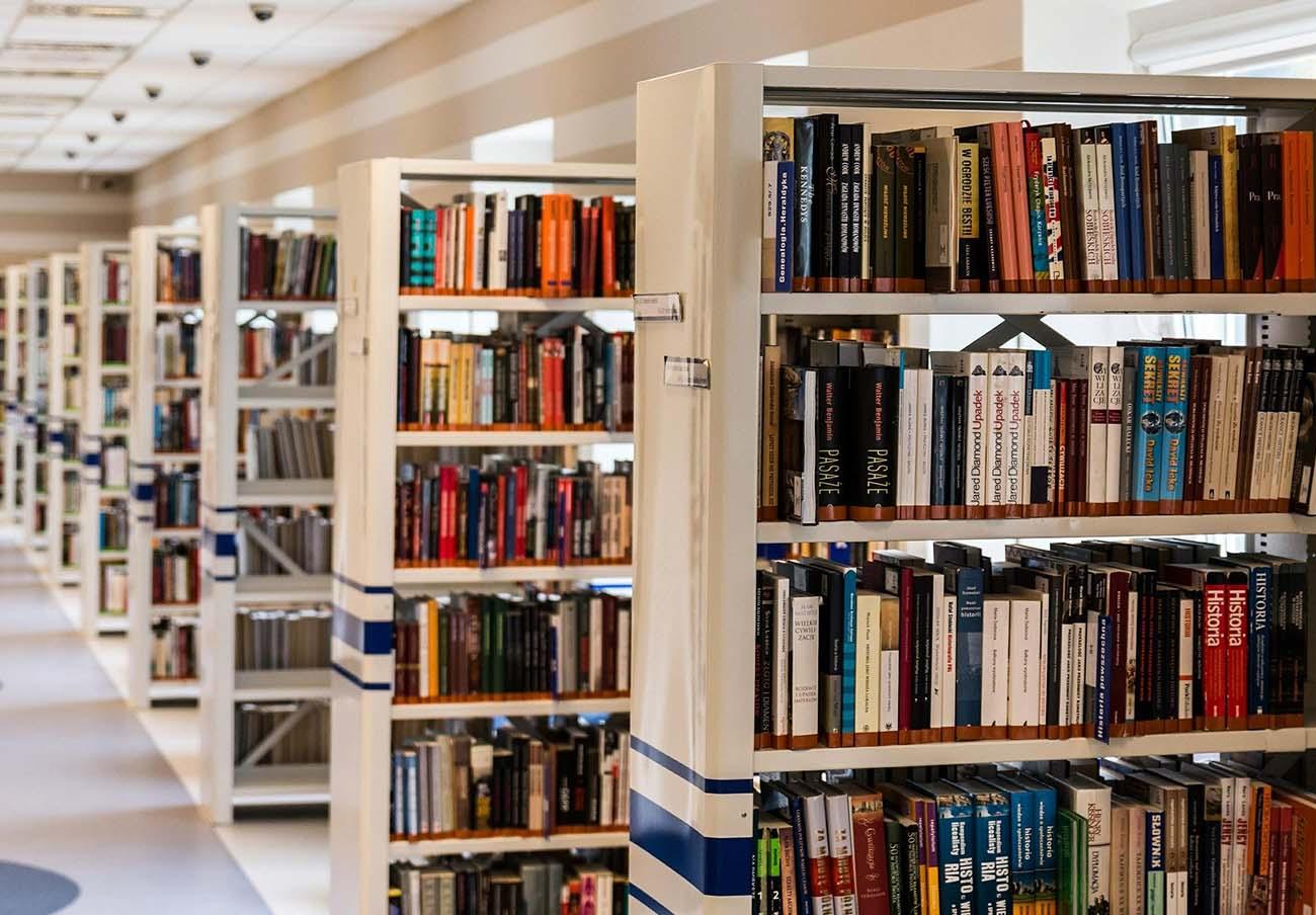 Los préstamos de bibliotecas estarán 14 días en cuarentena y la consulta en sala se permitirá en fase 2