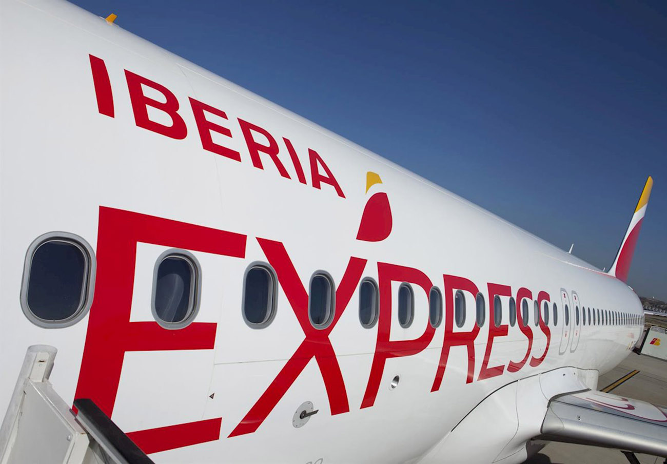 Iberia Express indemniza a un usuario con 1.600 euros por la pérdida de su maleta de mano