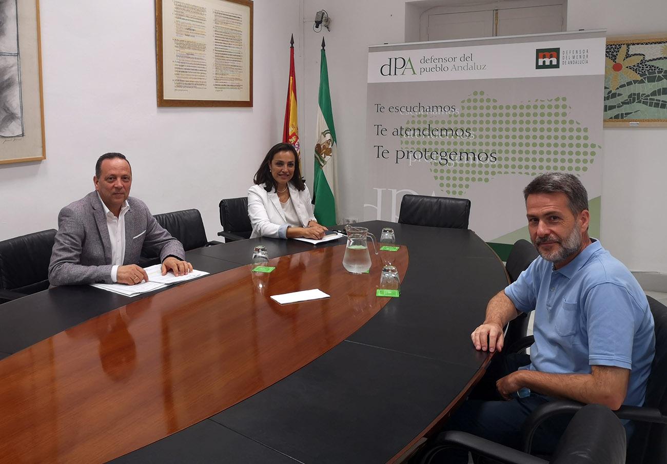 La plataforma del parking Reina Sofía se reúne con el Defensor del Pueblo Andaluz