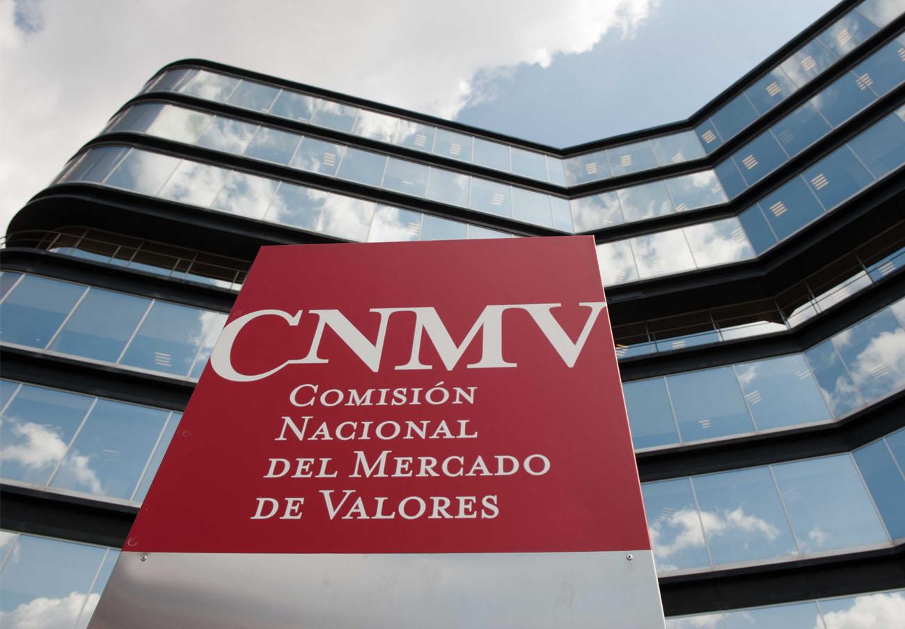 La CNMV advierte sobre seis 'chiringuitos financieros' en Reino Unido y Holanda