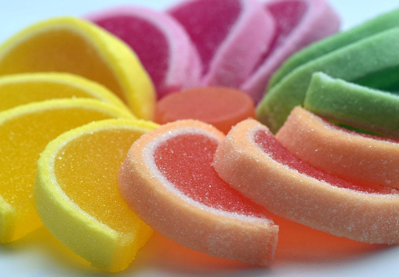 El consumo excesivo de fructosa puede causar fuga en el intestino, provocando enfermedad de hígado graso