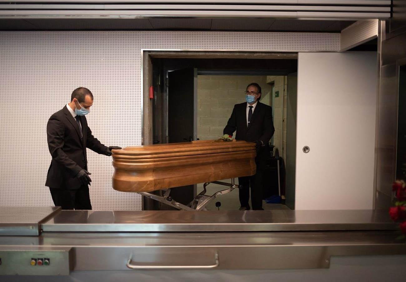 Multa de 1,1 millones a 7 funerarias de Huelva por negarse a alquilar salas de velatorio a un competidor