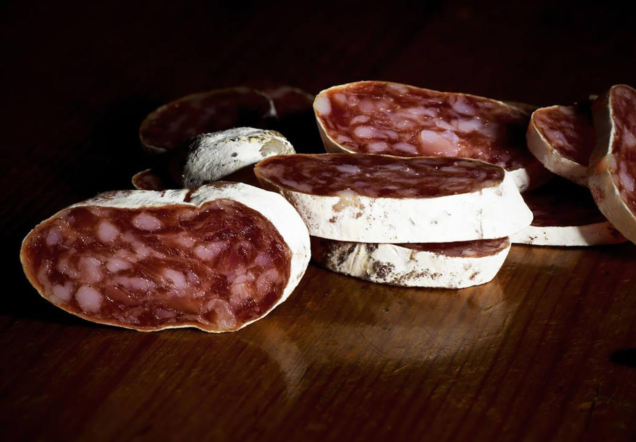 Consumo alerta de la retirada de ocho lotes de fuet de la empresa Embutidos Solà por salmonela