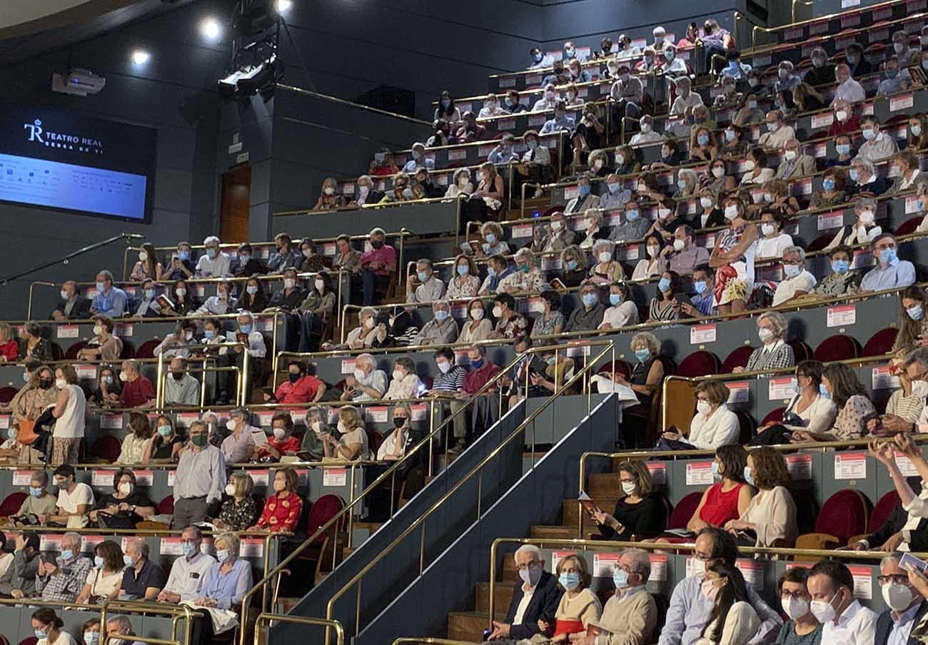 FACUA Madrid pide investigar si el Teatro Real incumplió las medidas de seguridad en su obra del domingo