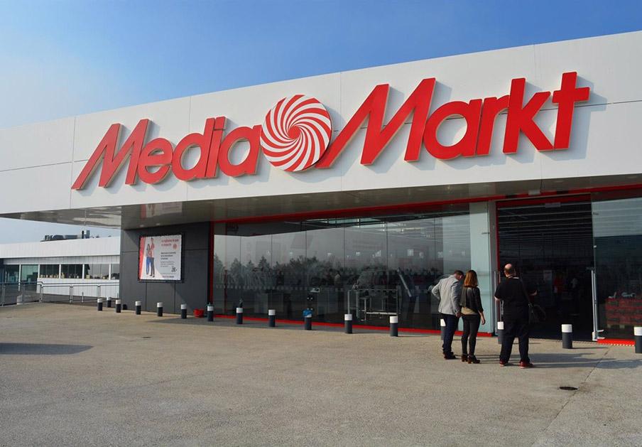 Mediamarkt cobró por reparar sin éxito un PC en garantía: 520 euros devueltos tras la actuación de FACUA