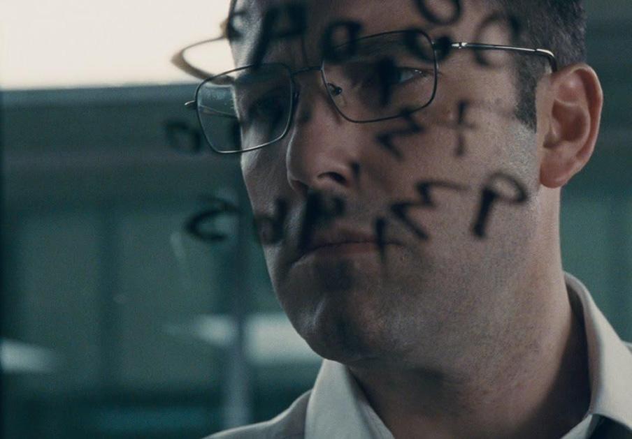 Warner Bros indemnizará con 25.000 euros a un hombre por asociar su foto a un mafioso en 'El contable'