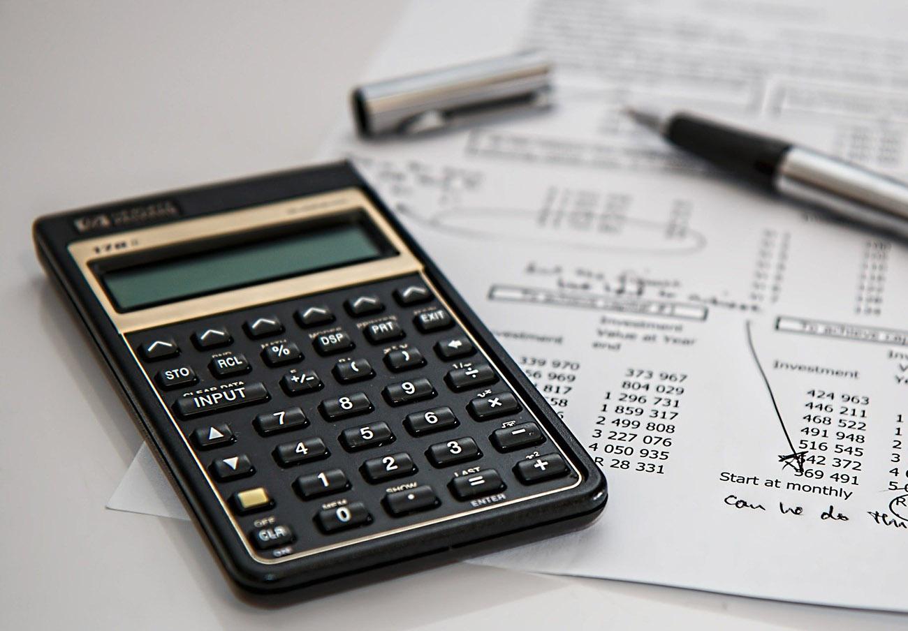 La CNMV advierte sobre más de 50 'chiringuitos financieros' radicados en el extranjero