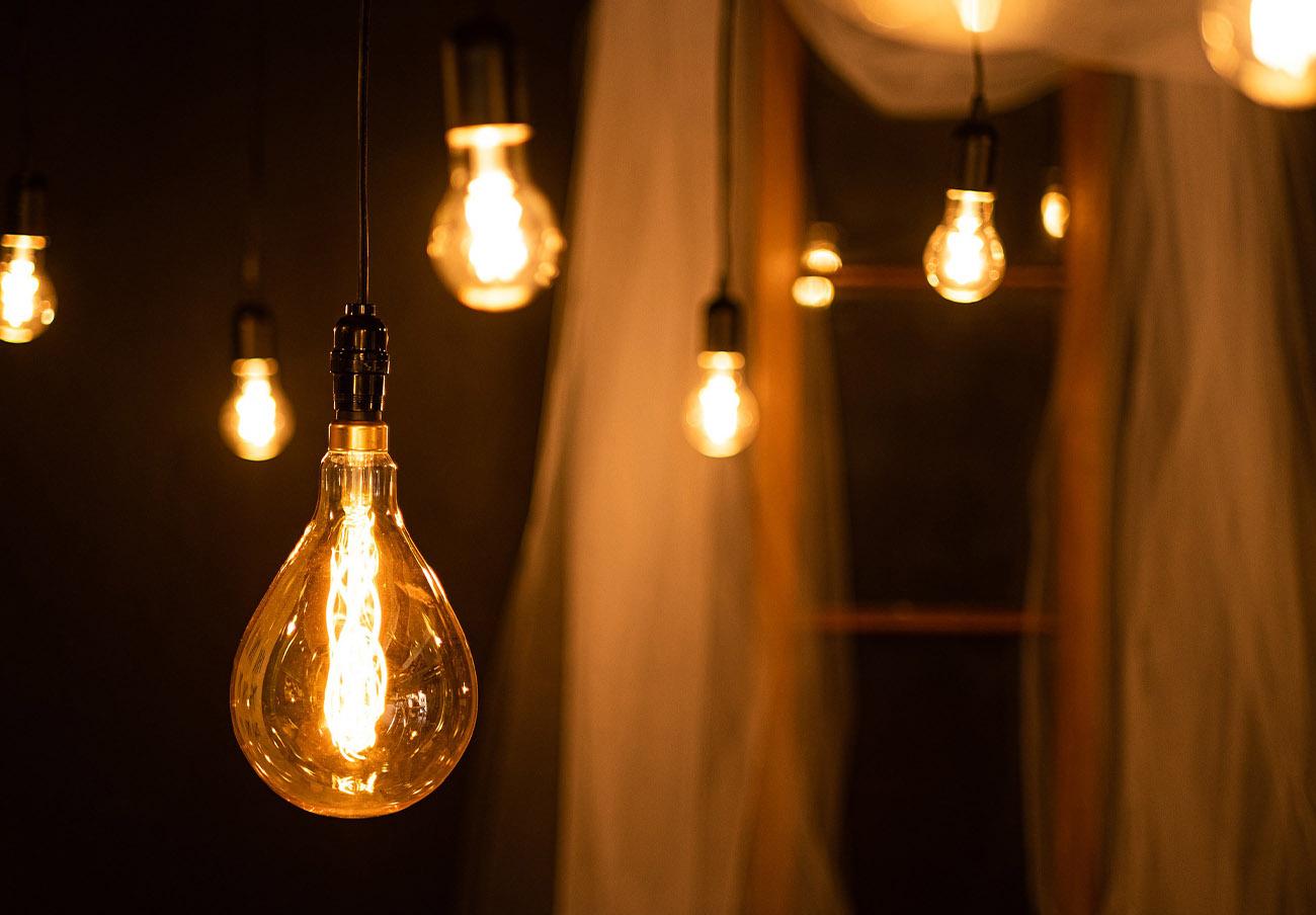 La subida interanual del kWh de electricidad en lo que va de enero alcanza ya el 36%, advierte FACUA