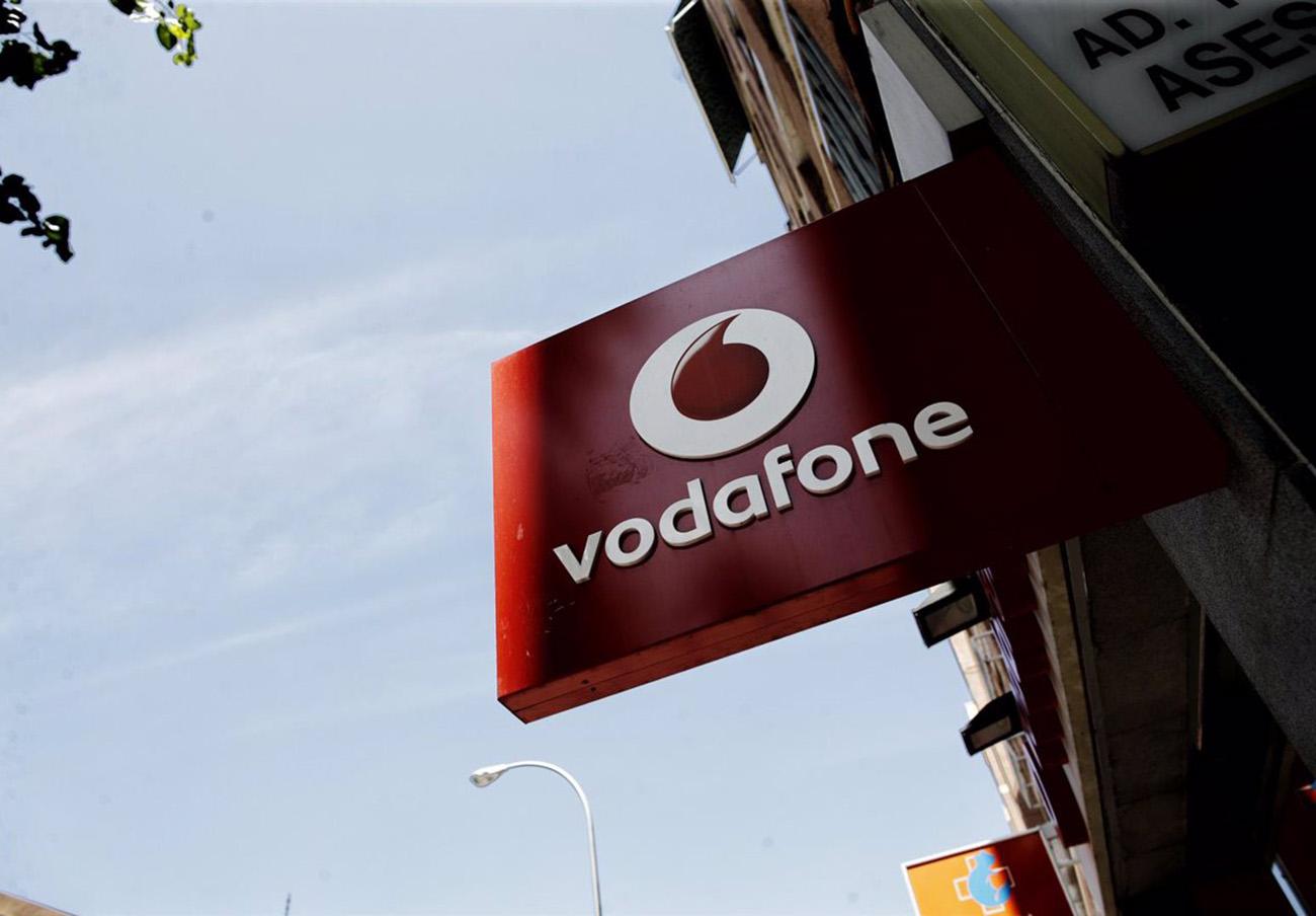 Tras la actuación de FACUA Cádiz, Vodafone anula a un usuario una falsa deuda de 1.112 euros