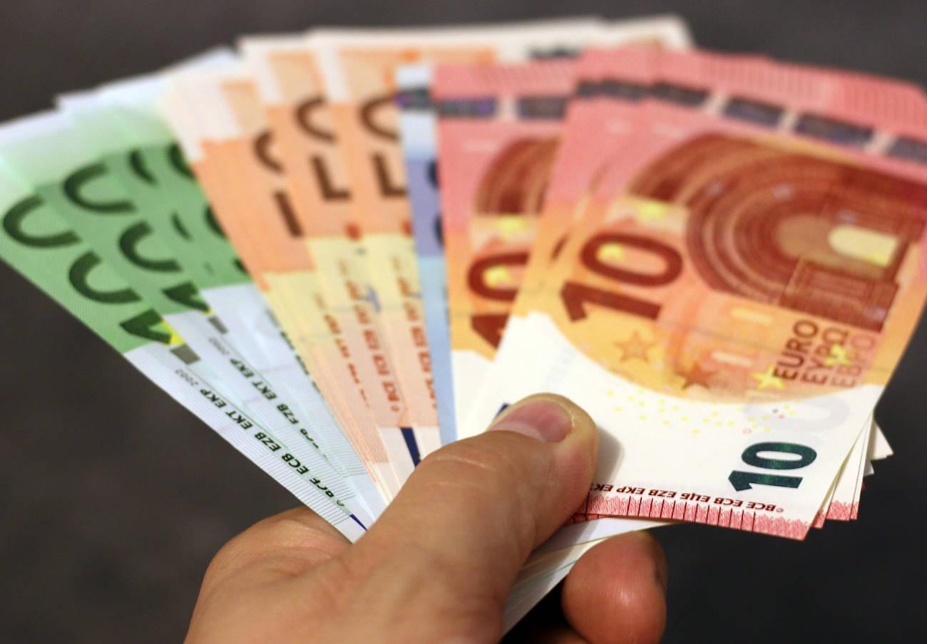 La justicia europea sentencia que es obligatorio aceptar pagos en efectivo en Europa