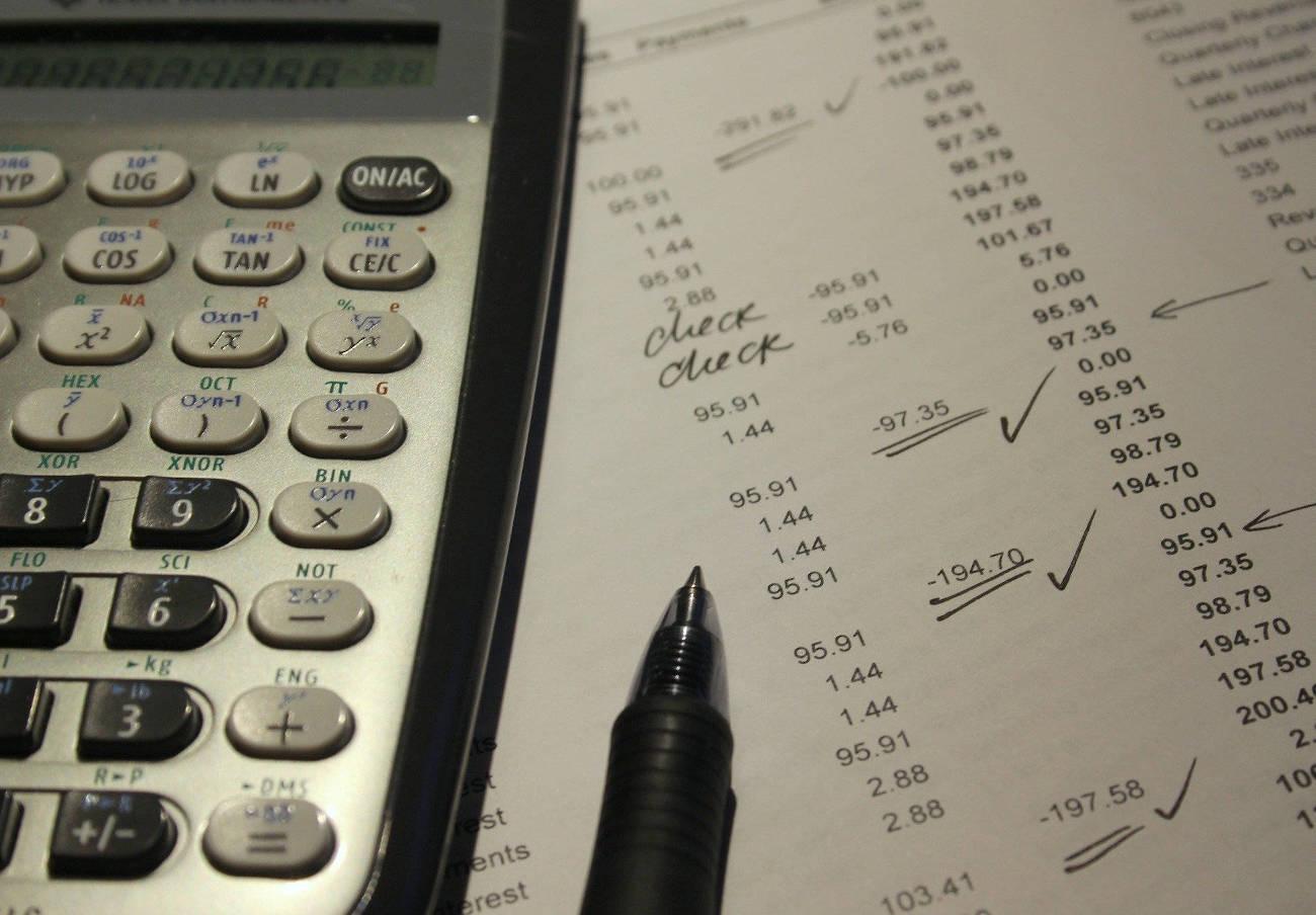 La CNMV advierte de otras once entidades no autorizadas para prestar servicios de inversión