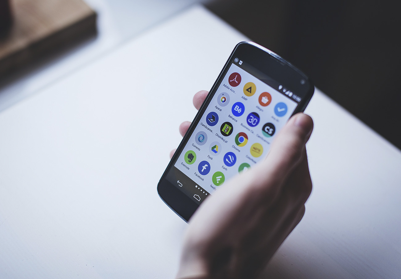 Un nuevo malware para Android simula ser una actualización de sistema para espiar y controlar el móvil