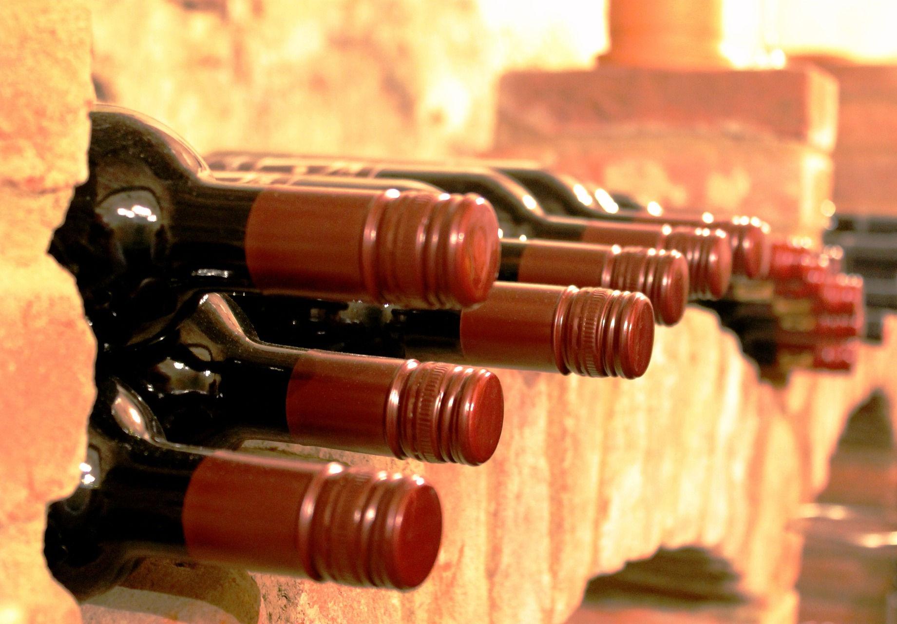 Un juez investiga a bodegas de Valdepeñas por vender como reserva o crianza vino sin los requisitos