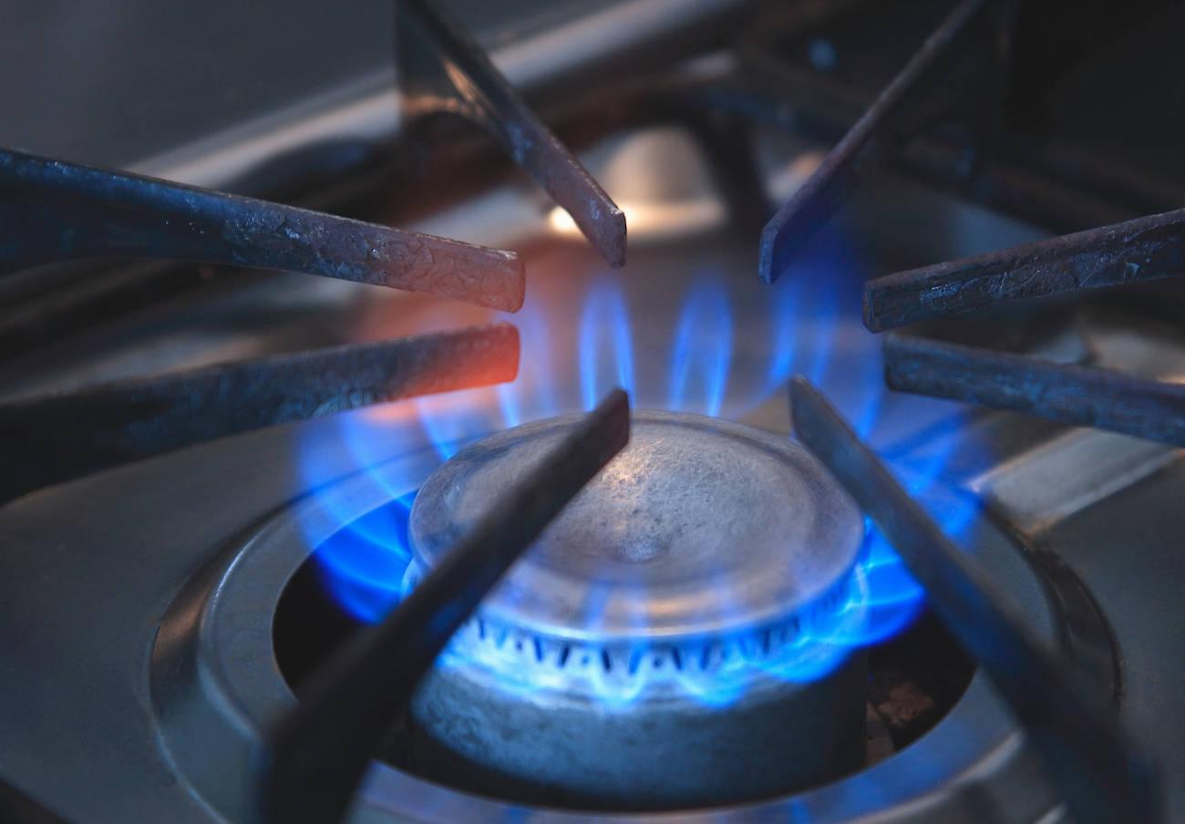Repsol y Naturgy, las compañías con el gas natural más caro en el último análisis de FACUA