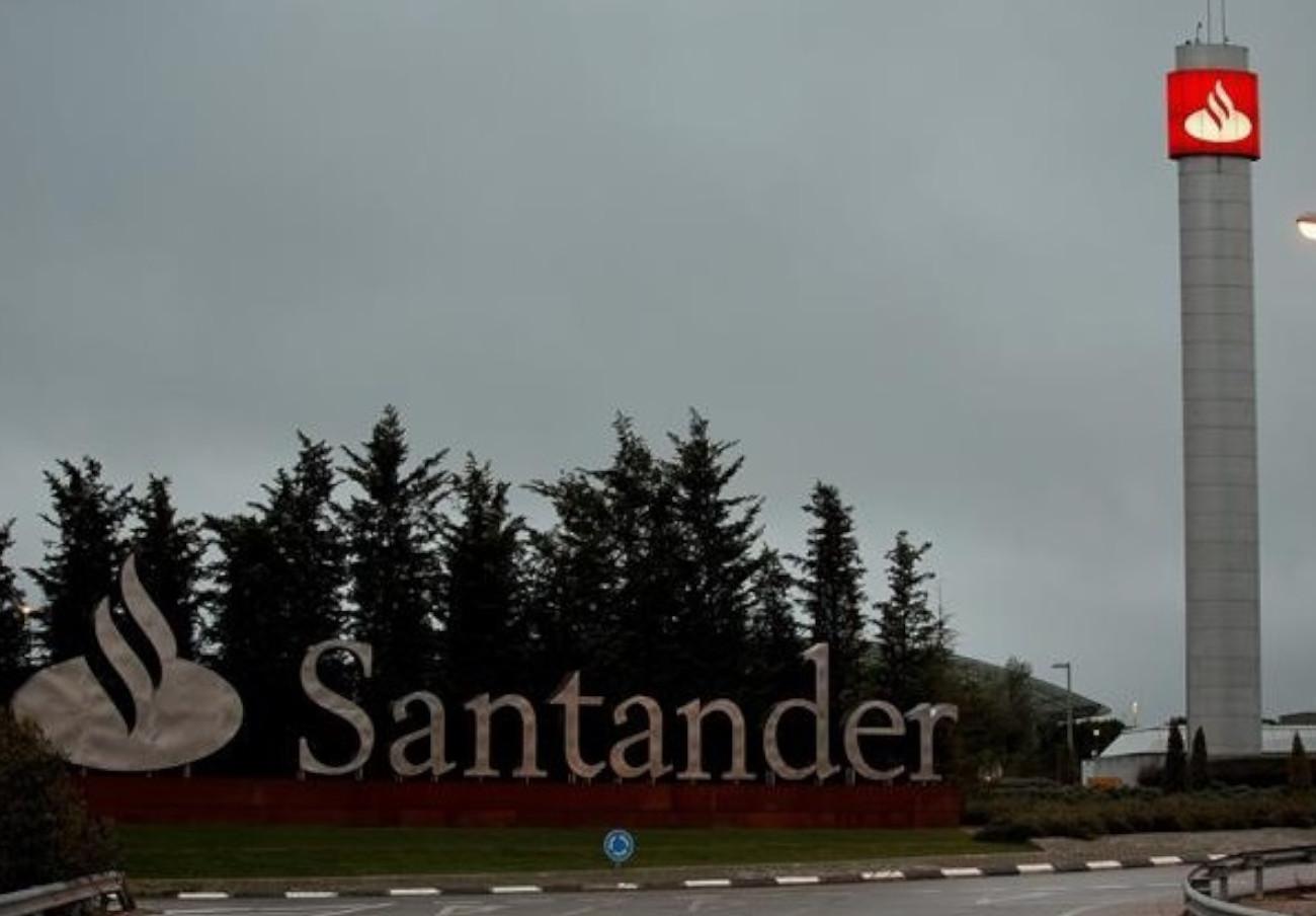 Banco Santander devuelve 2.900 euros a un socio de FACUA que fue víctima de una estafa de 'phishing'