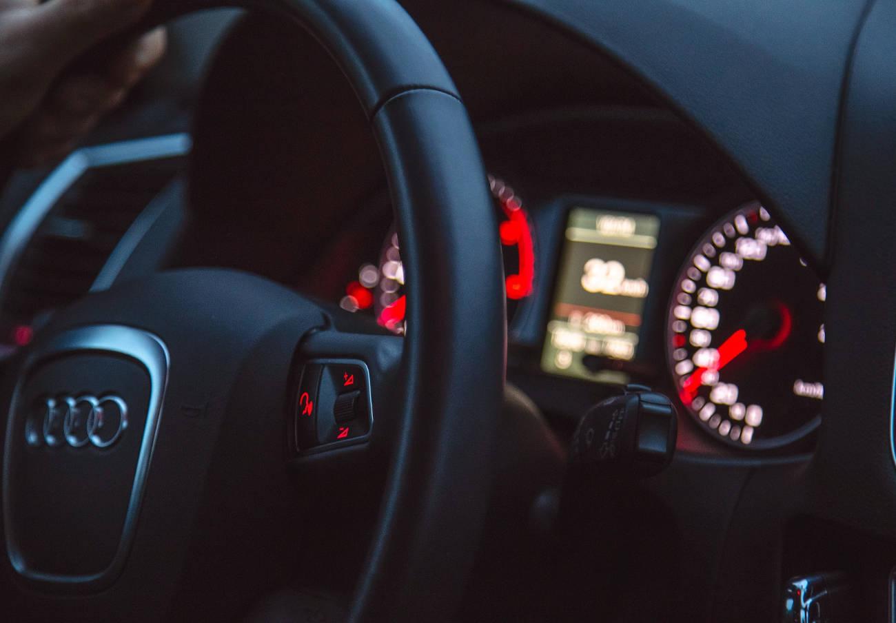 Consumo alerta de un fallo en el enganche para remolques de los Audi A4, A5, A6 y A7