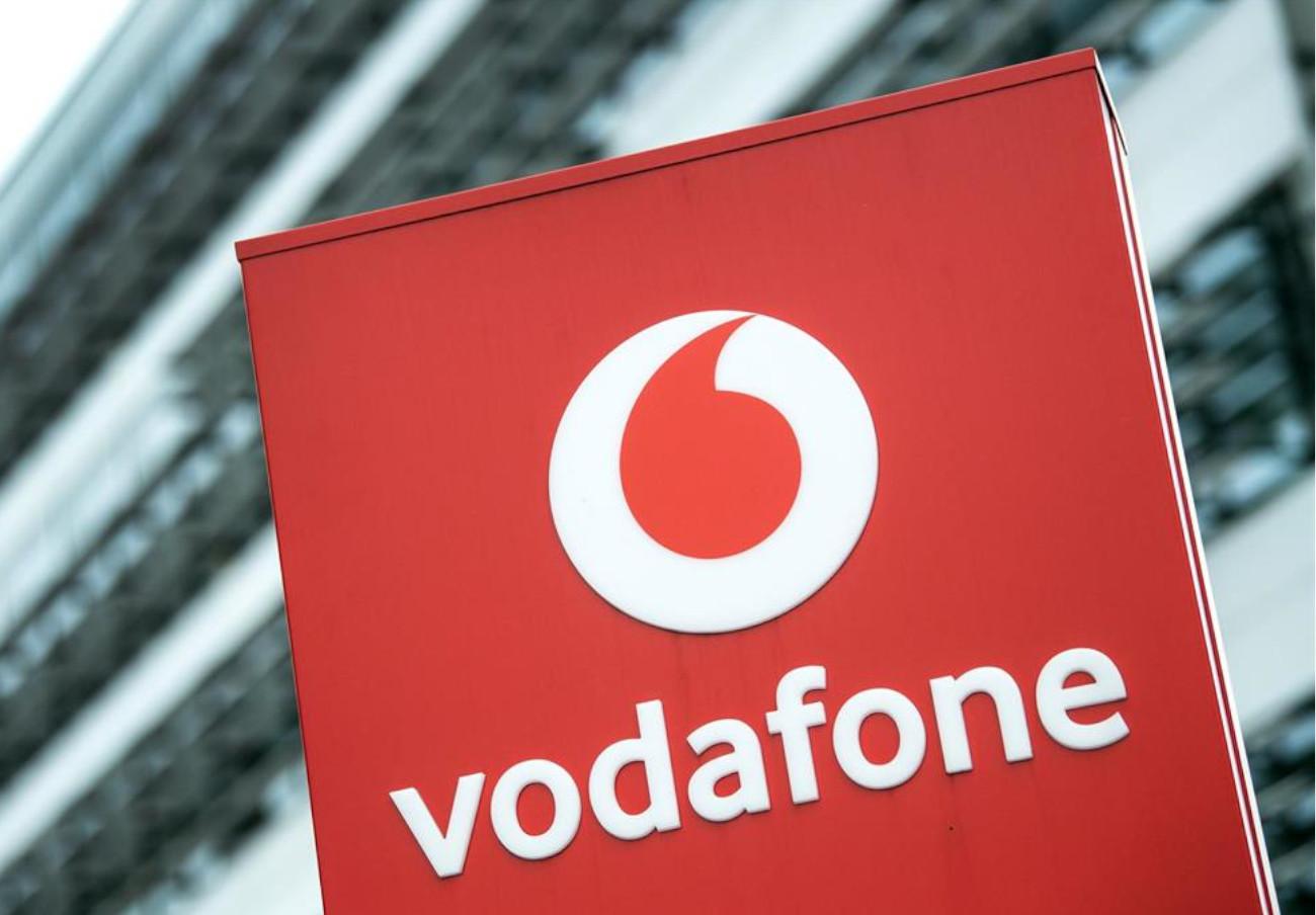 Vodafone continuó inflando los recibos un año a una usuaria pese a admitir que la facturación era errónea
