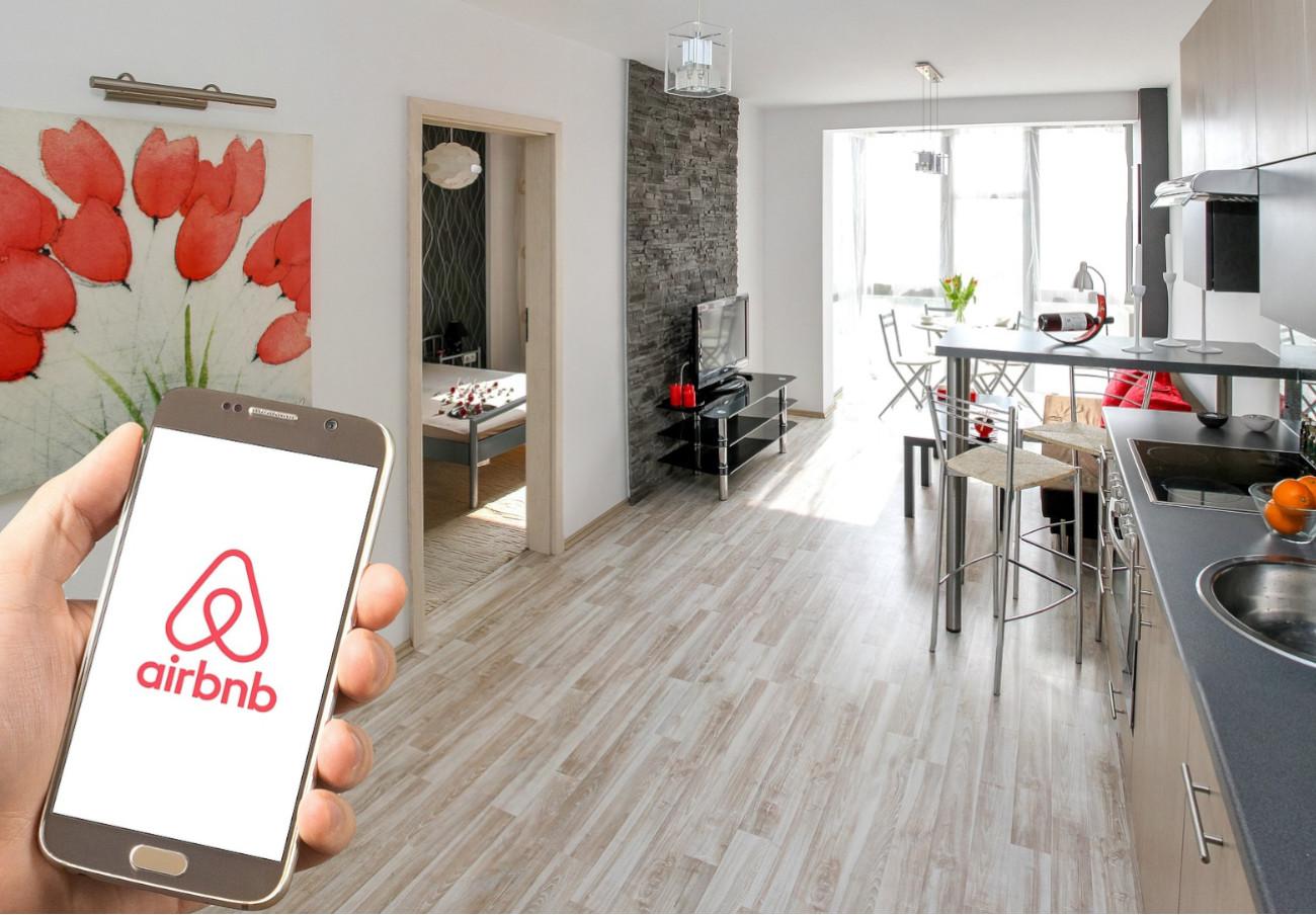 Airbnb, condenada a pagar 8 millones de euros por anuncios ilegales en París