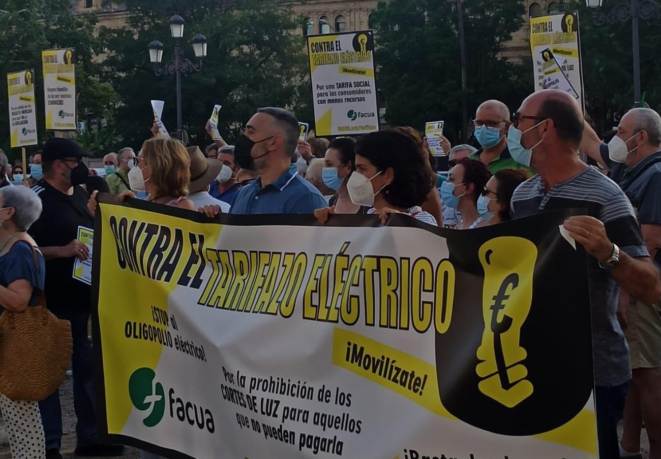 Movilizaciones convocadas por FACUA en 46 ciudades contra el tarifazo eléctrico