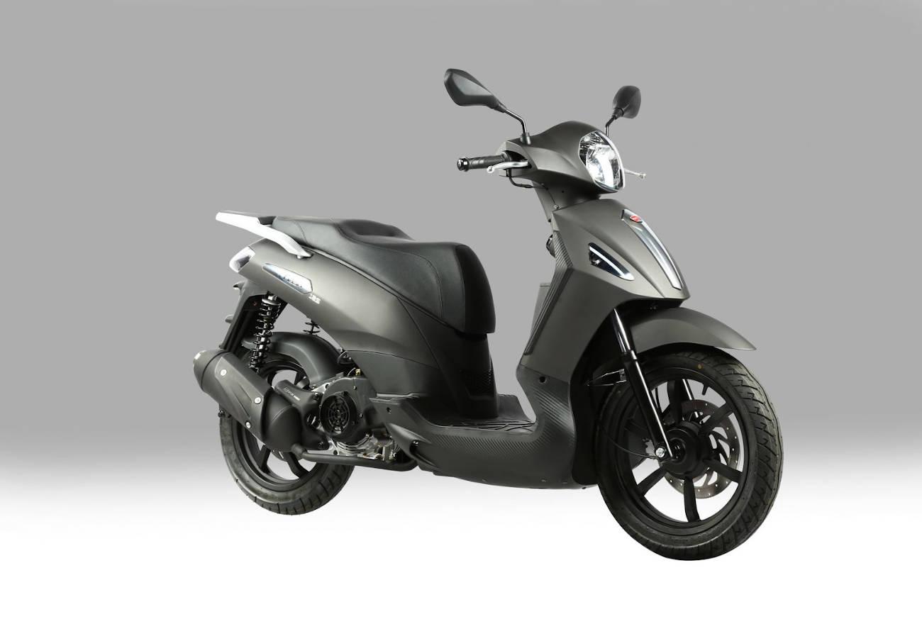 Alertan de un defecto en los radios de la rueda trasera de la motocicleta Hanway flash 125