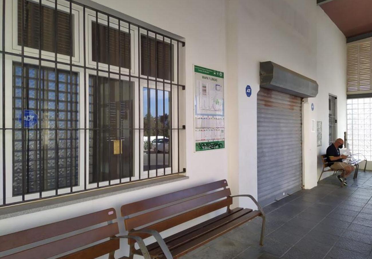 FACUA Cádiz insta al Ayuntamiento de Tarifa y a la Junta a abrir de una vez la estación de autobuses