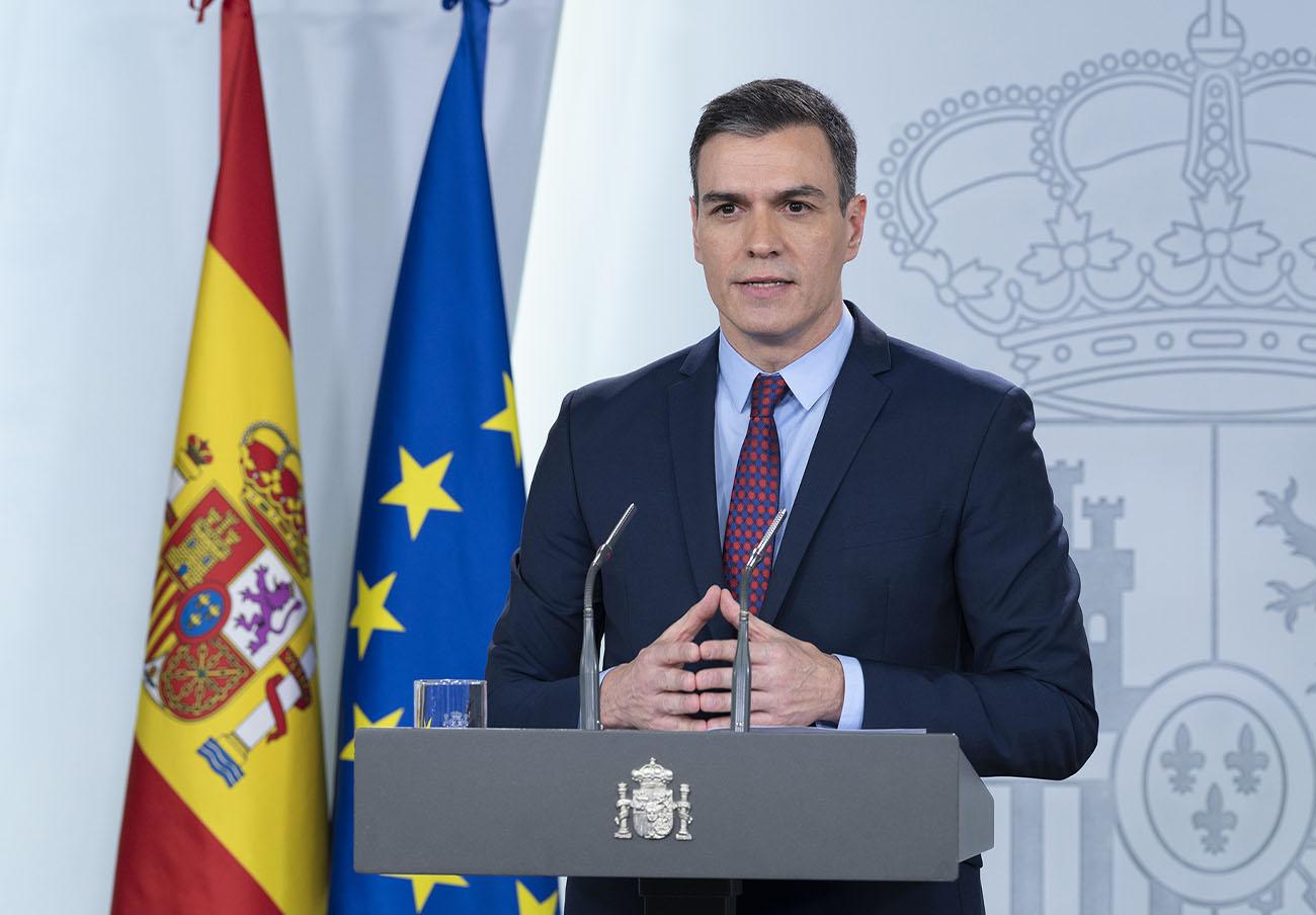 Sánchez criticó a Rajoy por las tarifas eléctricas que ahora se compromete a igualar