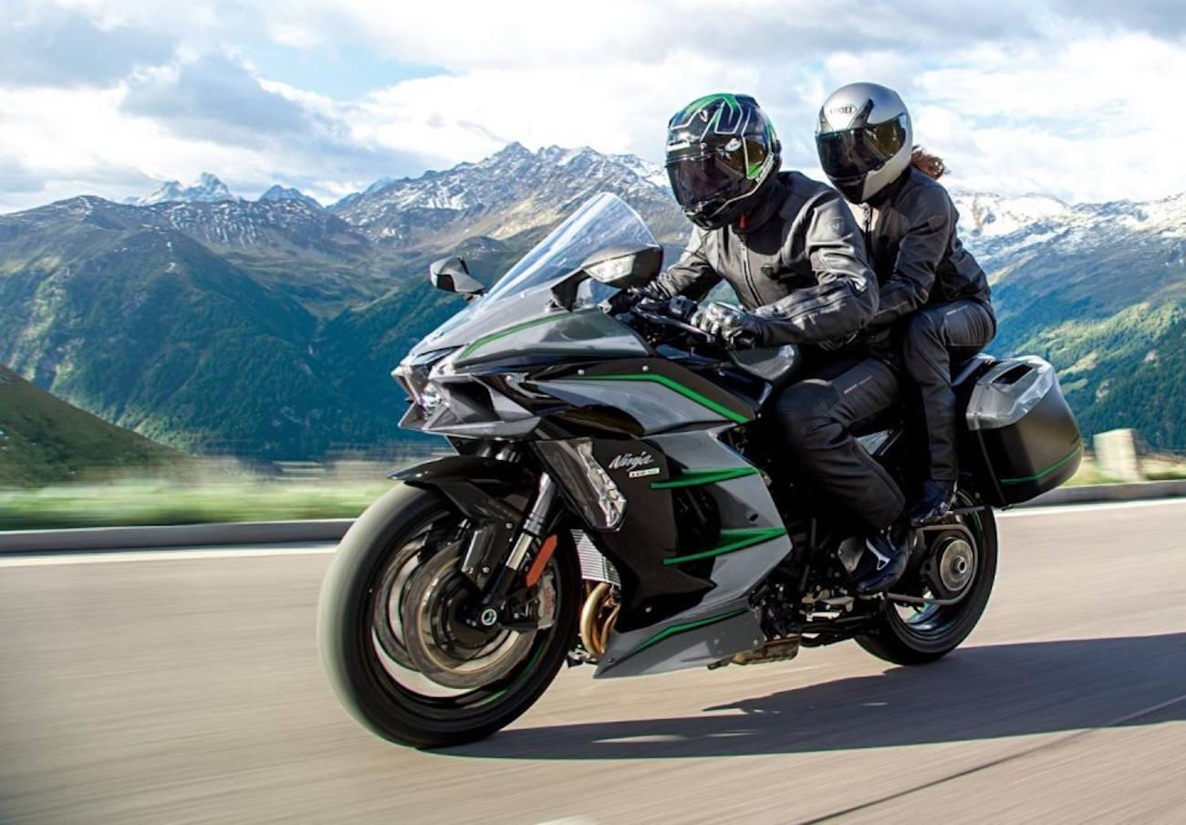Consumo alerta de un problema en el cambio de marcha de la Kawasaki Ninja que puede dañar los piñones