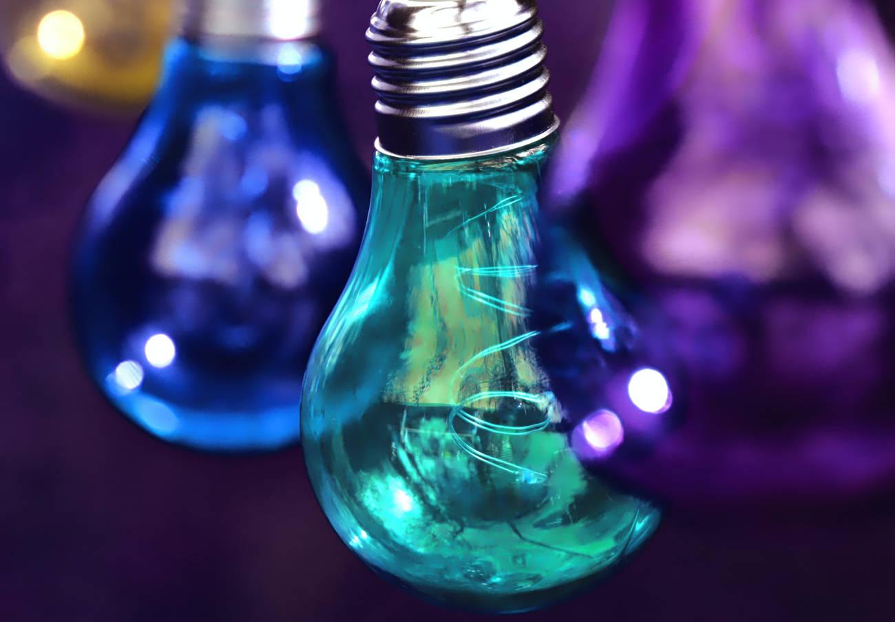FACUA reclama al Gobierno que imponga durante 6 meses un descuento del 50% en la factura eléctrica PVPC