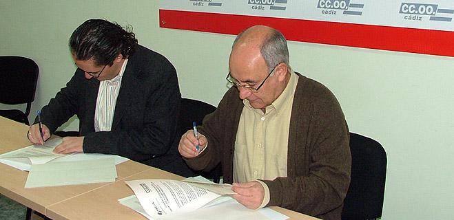 CC.OO. y FACUA Cádiz firman un convenio de colaboración