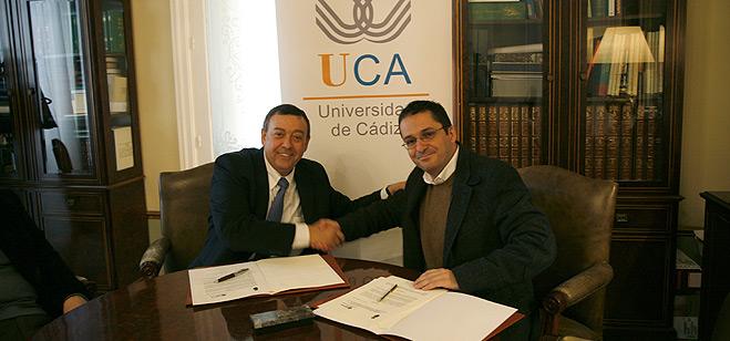 FACUA suscribe un convenio de colaboración con la Universidad de Cádiz