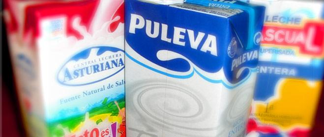 La leche baja sólo el 1,4% en dos meses y la mitad de las marcas analizadas por FACUA sigue superando los 90 céntimos el litro