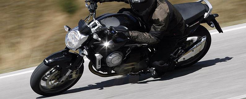 Aprilia llama a revisión a los propietarios de su motocicleta Mana 850 por un defecto de fabricación