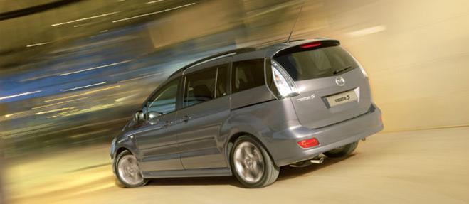 Llamada a revisión de automóviles Mazda 3 y 5 por riesgo de accidente