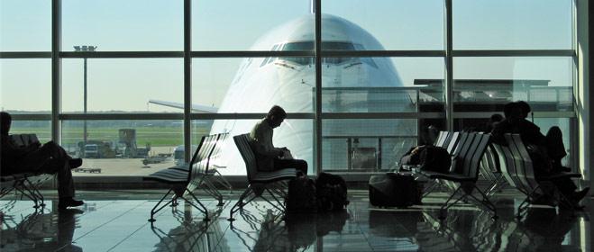 FACUA reclama que se vigile el cumplimiento del nuevo reglamento sobre el sector aéreo para que no quede en 'papel mojado'