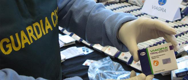 Intervenidas 90.000 pastillas para tratar la disfunción eréctil falsificadas que se vendían por Internet
