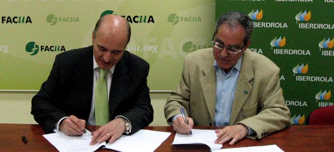 FACUA e Iberdrola firman un convenio de colaboración para mejorar el conocimiento del sector energético por los usuarios