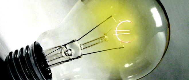 FACUA apremia a las comunidades autónomas a que impongan la devolución del dinero cobrado de más por las eléctricas