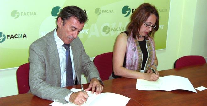 FACUA Andalucía y Renfe Cercanías firman un convenio de colaboración