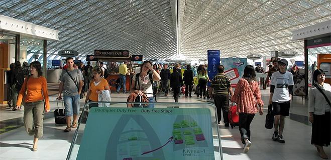 FACUA, en contra de que se prorroguen hasta 2013 las restricciones a los líquidos en el equipaje de mano