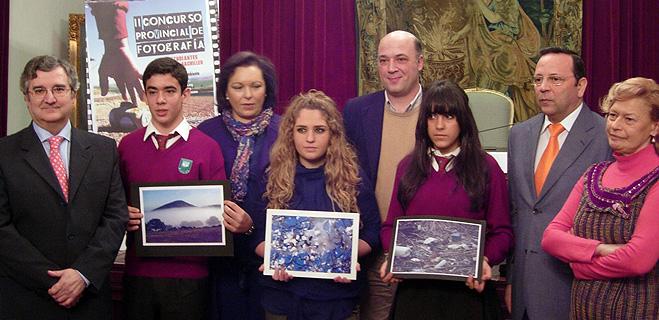 FACUA Córdoba entrega los premios del II Concurso Provincial de Fotografía para Estudiantes de la ESO  y bachiller