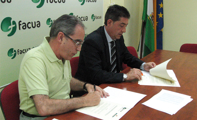 FACUA y Mercadona firman un convenio de colaboración