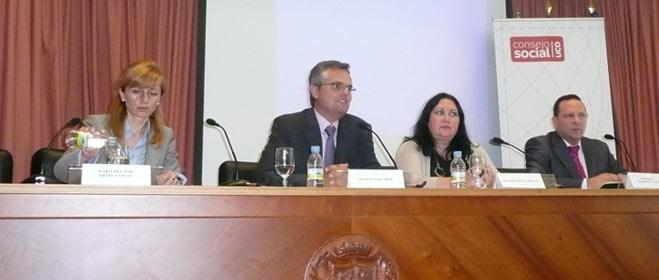 FACUA Córdoba participa en una mesa redonda dentro de  los cursos de verano de Corduba 2010