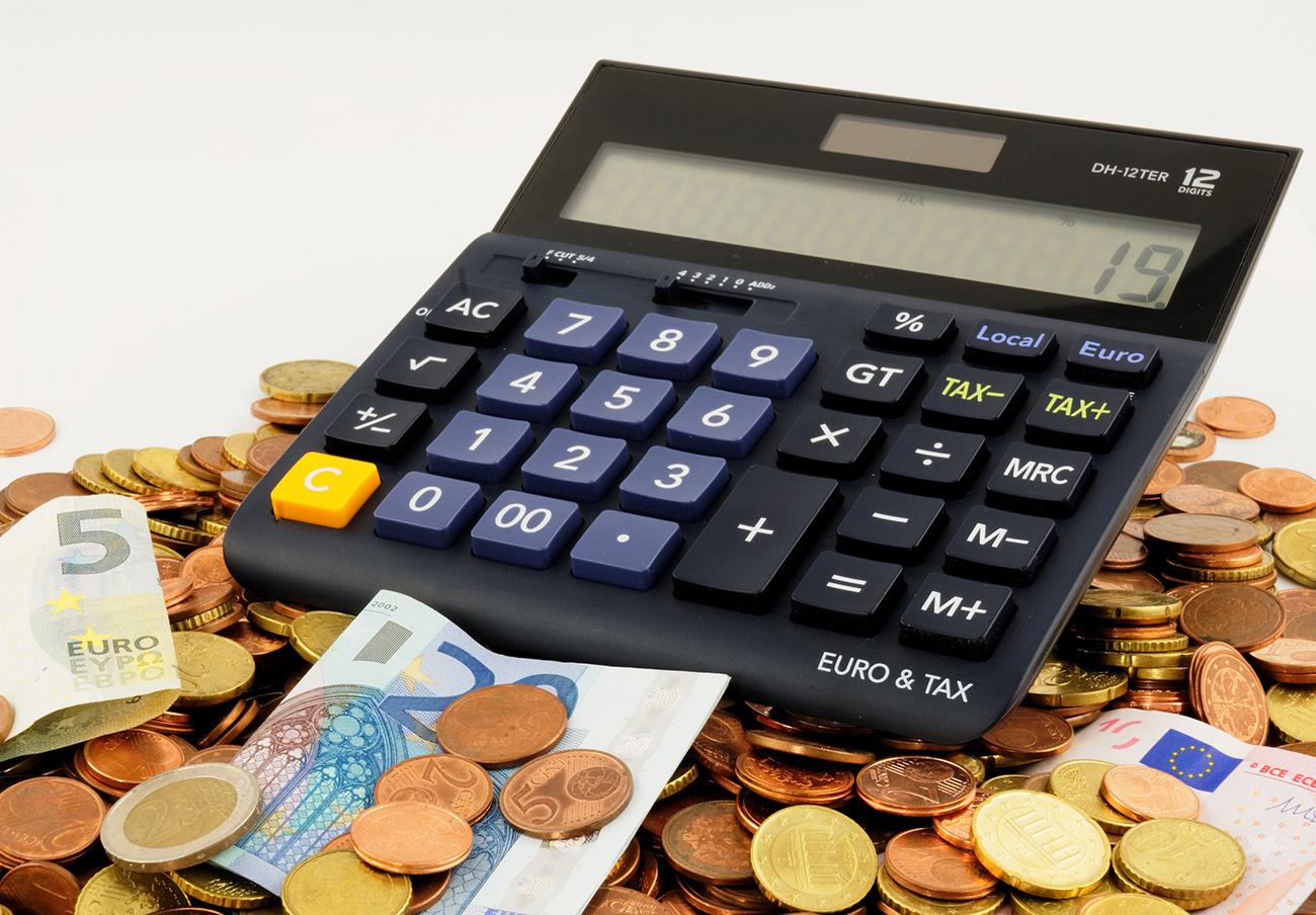 Aprobada otra reivindicación de FACUA: también habrá moratoria para créditos y préstamos no hipotecarios