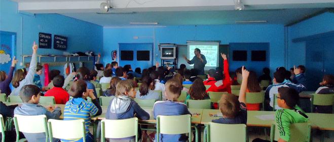 FACUA Huelva está desarrollando 72 jornadas formativas sobre consumo