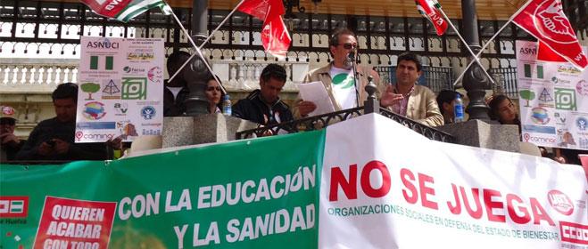 FACUA Huelva se suma a la manifestación contra los recortes en sanidad y educación