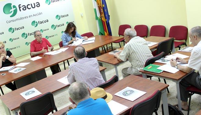 La Fundación FACUA inicia una ronda de contactos con universidades andaluzas para buscar vías de colaboración