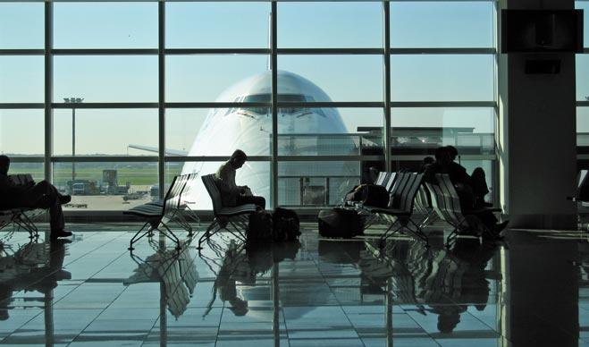 FACUA denuncia a España ante Bruselas por no evitar que las aerolíneas repercutan a los pasajeros la subida de tasas de AENA