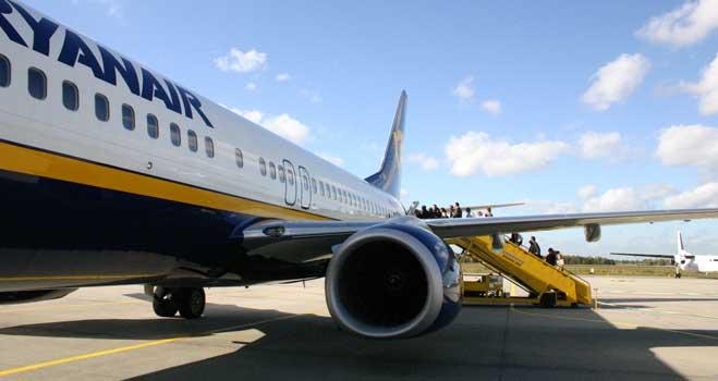 """La Audiencia de Sevilla ampara la libertad de expresión de FACUA al denunciar """"fraudes millonarios"""" de Ryanair"""