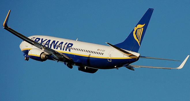 Ryanair es la compañía aérea que comete más abusos, según 7 de cada 10 usuarios encuestados por FACUA