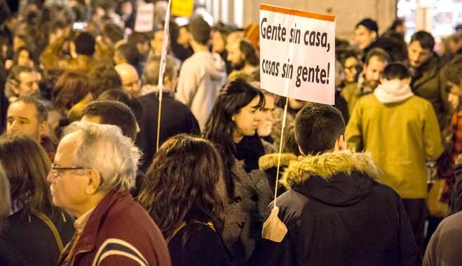 """""""Si no puedes pagar la hipoteca, ten más hijos"""". Gobierno de España"""